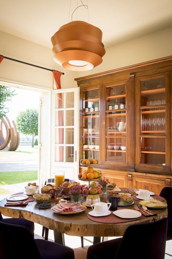 petit-déjeuner servi au Château Malescasse lors de votre séjour dans notre château d'hôtes en médoc