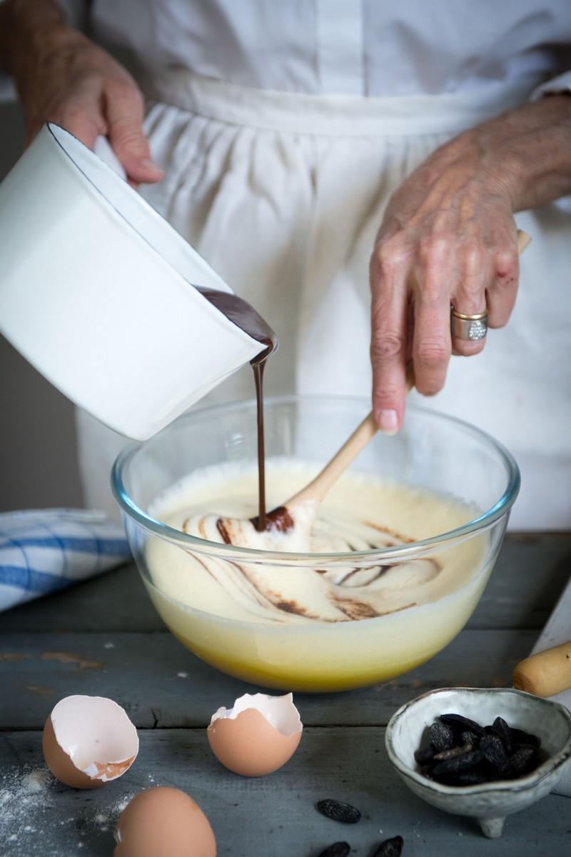 chocolat fondu dans oeufs et sucre